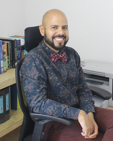 Dr. Mario Castelán